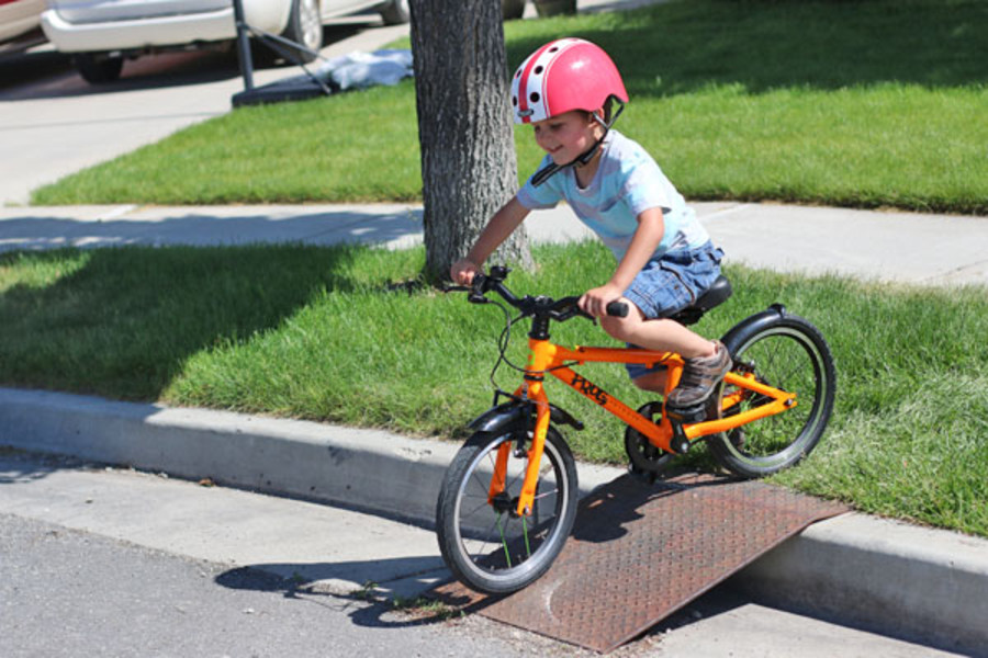 Best Bikes for 4 - 6 Year Olds: Best For Longer Distances (Paved)